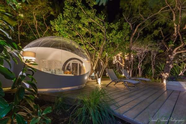 Lake & Sea Bubble Lodge - Ile Aux Cerfs