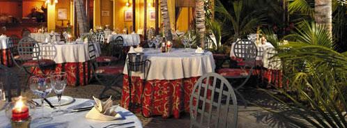 dining at Paradis, Mauritius