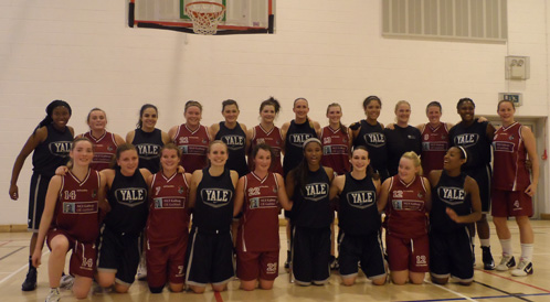 Yale women's basketball team with Glanmire