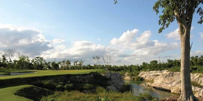 El Camaleon Mayakoba Golf Course