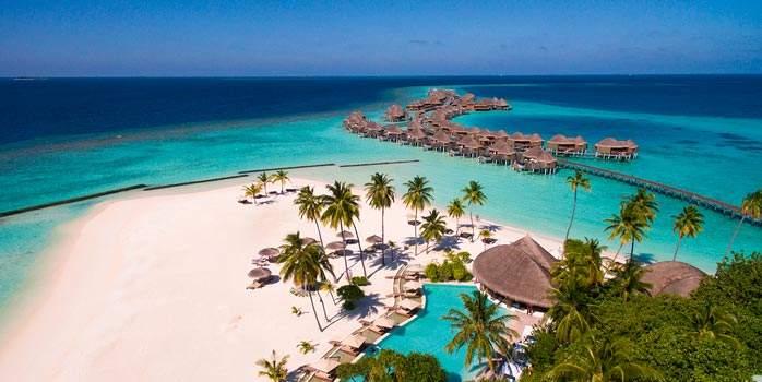 Constance Halaveli, Maldives Holiday