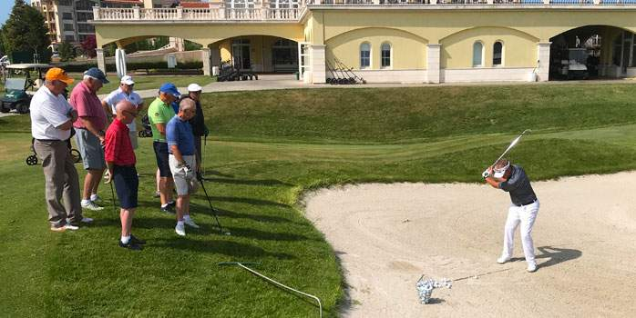 Jacques Gous providing tuition to Chaka clients on his 2nd escorted golf tour in Bulgaria