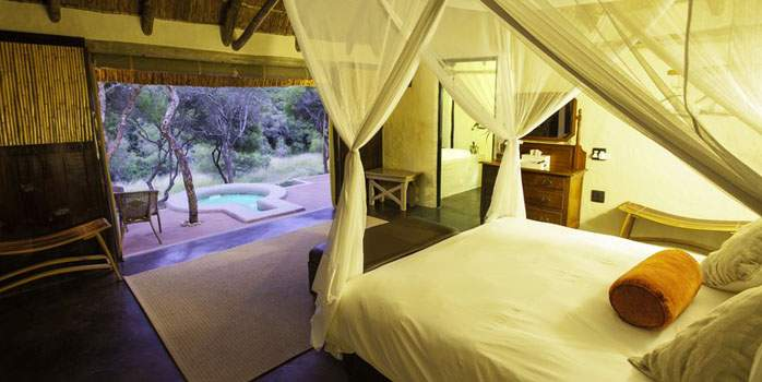 Safari Lodge Amakhala Lounge, Bedroom, Golf Holiday in South Africa