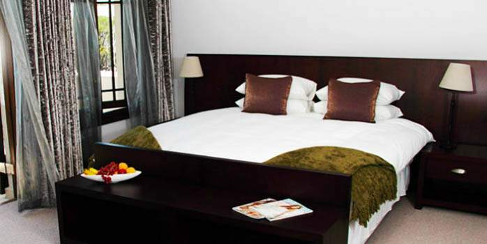 Cape Riviera Guest House in Cape Town, Bedroom, Golf Holiday in South Africa