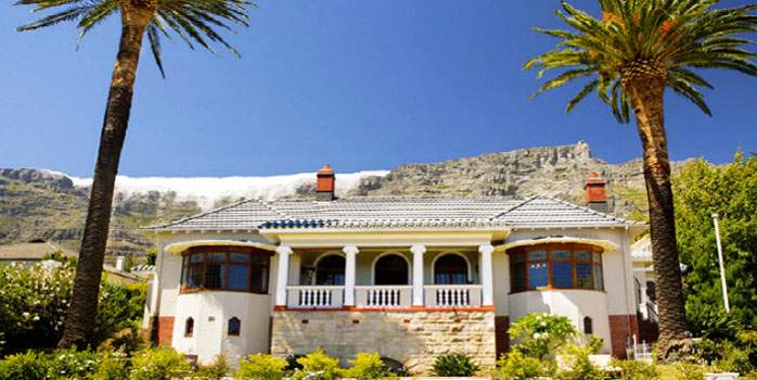 Cape Riviera Guest House in Cape Town, Hotel View, Golf Holiday in South Africa