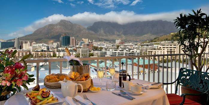 Commodore Hotel, Terrace, Golf Holiday in South Africa
