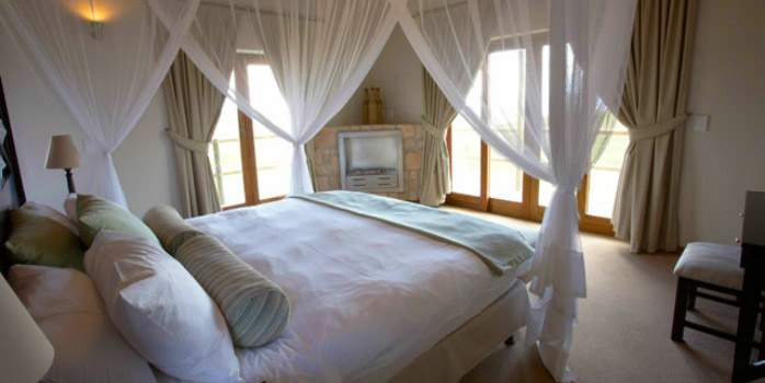 Gondwana Game Reserve, Bedroom, Golf Holiday in South Africa