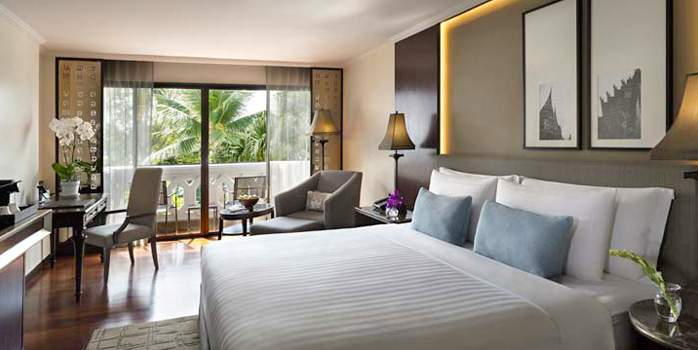 Anantara Riverside Bangkok Resort, Deluxe Room, Golf Holiday in Thailand
