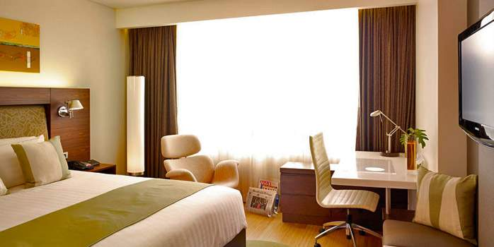 Park Plaza Hotel Bangkok, Superior Room, Golf Holidays in Thailand