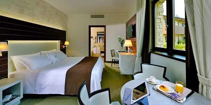 Standard room, palazzo di varignana, golf holiday in Italy