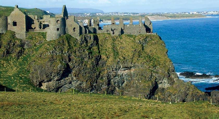 dunluce-castle-ireland-golf-vacations