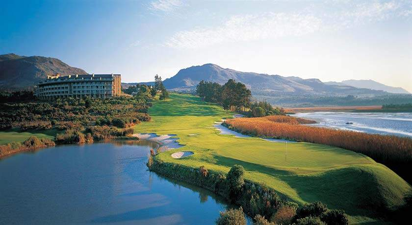 south-africa-golf-holidays-arabella-hotel-spa